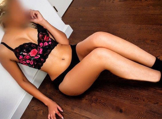 Escorts valencia Julia Latina